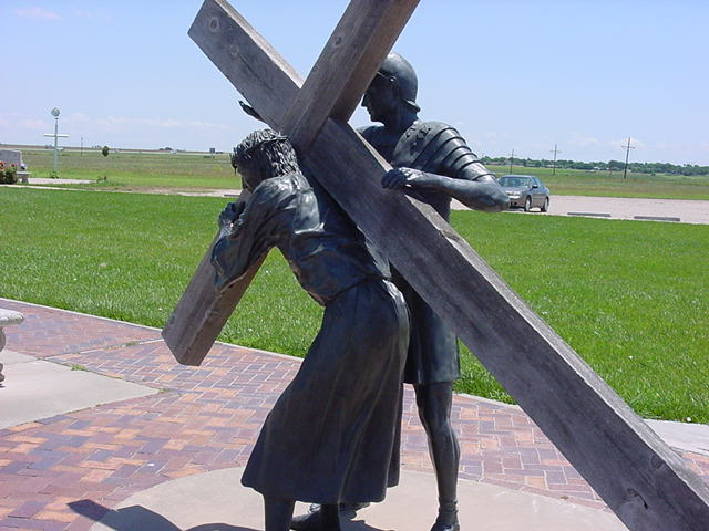 crucifixion-of-christ-near-amarillo-tx_0113